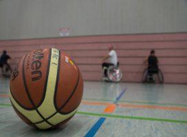 [Nachgereicht] Aufstieg! Die Rollstuhlbasketballmannschaft steigt ungeschlagen in die Oberliga West auf!